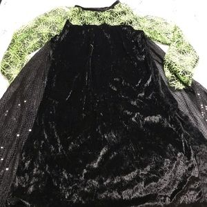 Witches Costume with Removable Cape. EUC!